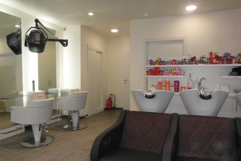 Aec r alisation nos realisations - Salon de coiffure paris 19 ...
